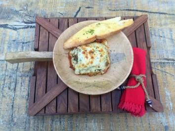 Lasagna Malai chicken tikka with field herbs (nv)